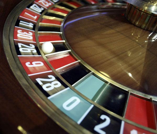 Roulettekessel mit Kugel